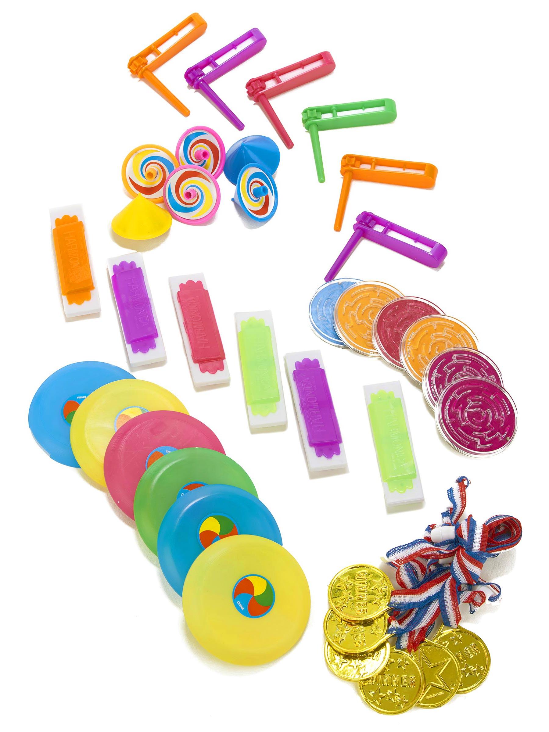 36 petits jouets pour pi ata d coration anniversaire et f tes th me sur vegaoo party. Black Bedroom Furniture Sets. Home Design Ideas