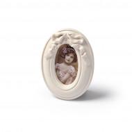 Décoration cadre vintage ovale rose