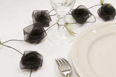 Guirlande de rose organza noir