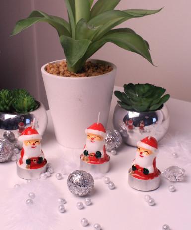 5 petites bougies en forme de Père Noël-1