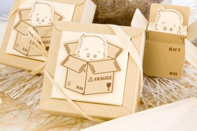 2 boîtes + vignettes carton Bébé Bien Arrivé-1