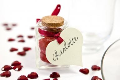 10 Étiquettes cœurs blanches 5 x 4,5 cm