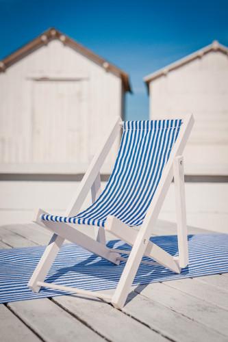 Décoration chaise longue en bois bleue 13 x 6,5 cm-1