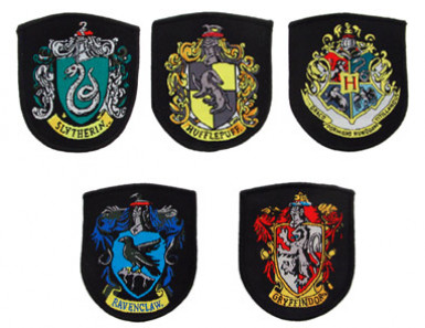 Lot de 5 répliques écussons Poudlard - Harry Potter™