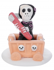 Figurine en sucre Petite Faucheuse sur son chariot 5,5 x 6 cm