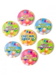 7 Badges en métal Joyeux Anniversaire Pop multicolore