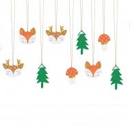 12 Etiquettes en carton forêt de Noël 7,5 x 8,5 cm