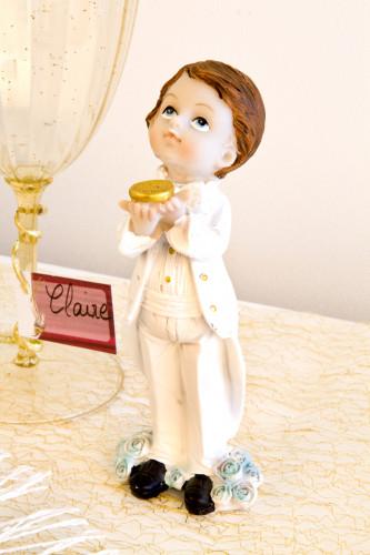 Figurine en résine garçon Communion-1