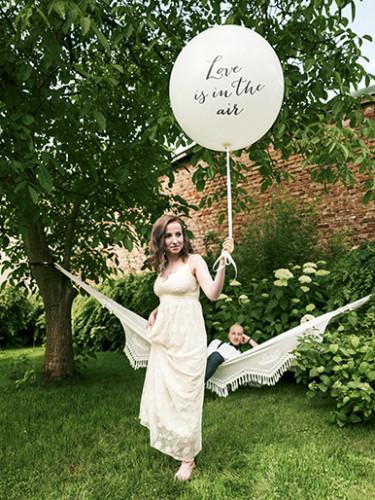 Ballon latex géant blanc Love is in the air 1 mètre-1