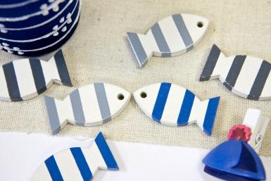 6 Poissons en bois décoratifs bleus et gris 3 x 2 cm-1