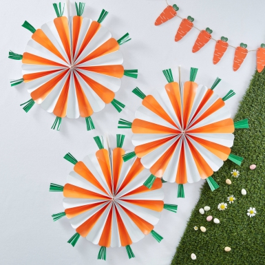 3 Rosaces à suspendre en forme de Carottes orange 40 cm-1
