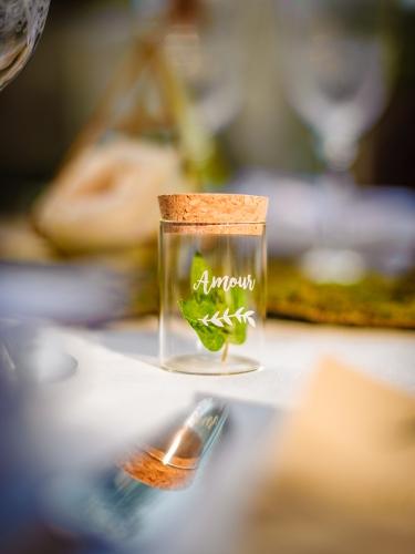 Fiole en verre avec bouchon en liège 6 cm-1