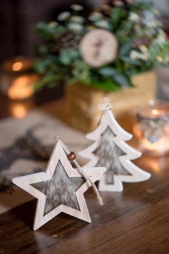 Suspension étoile en bois naturel 11 x 11 x 10 cm-1