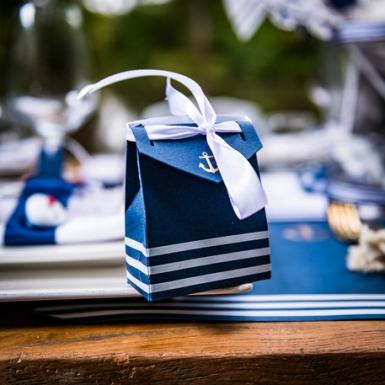10 Boites carton ancre et marinière avec ruban blanc 7 x 8,5 cm-1