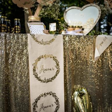 Chemin de table en lin naturel Amour champagne 28 cm x 5 m-1