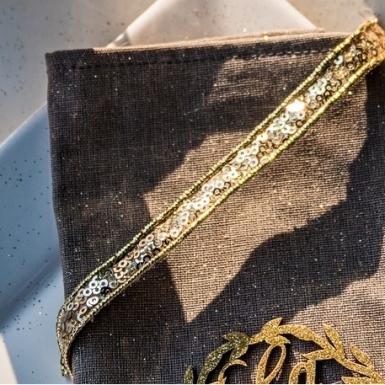 Ruban adhésif sequins doré 1,2 cm x 2 m-1