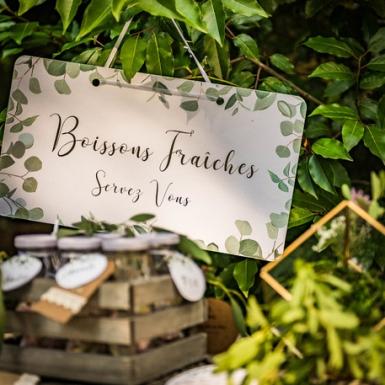 Pancarte Boissons Fraîches eucalyptus papier texturé et dorure 47x26cm-1