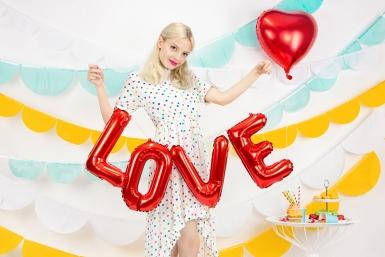 Ballon aluminium lettres LOVE rouge 140 x 35 cm-1