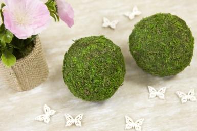 2 Boules de mousse naturelle vertes 7 cm-1