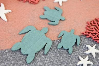 10 Confettis en bois tortues de mer bleues 5,5 et 3 cm-1