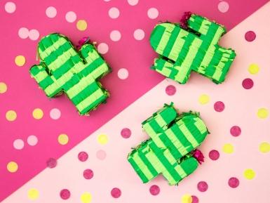 Mini piñata cactus vert 9,5 x 11,5 x 3,5 cm-1