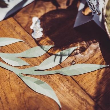 6 Décorations de table feuilles vertes et or 22 cm - 30 cm-1