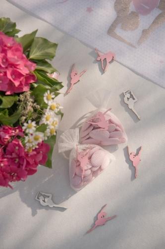 10 Confettis de table en bois ballerine 1 x 2 cm-1
