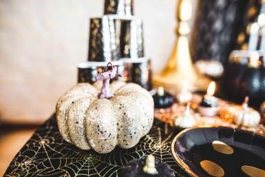 Citrouille décorative paillettes champagne 10 x 7 cm-1
