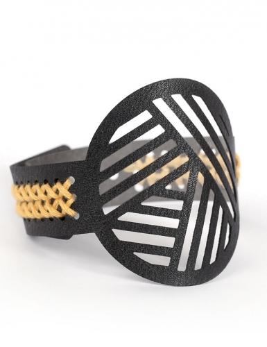 Kit bracelet à broder cuir noir motifs géométriques-3
