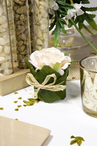 Rose dans un pot en feuillage 8 x 6 cm-1